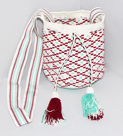 White Wayuu Mochilita
