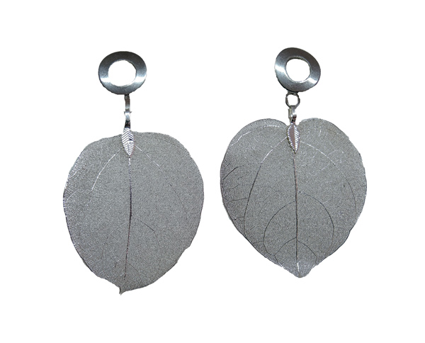 Colombian Fine Bijourie in stones - Silver color Leaf Earrings