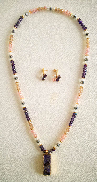 Colombian Fine Bijourie in stones - Amathys Long Necklace