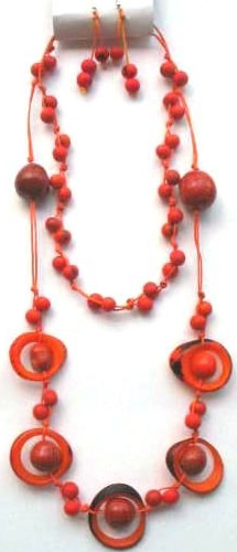 Necklaces in Tagua, Bombona and seeds - Necklace in Bombona & Assahi