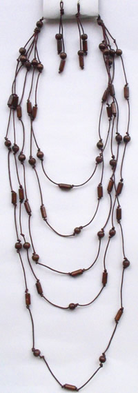 Necklaces in Tagua, Bombona and seeds - Wood Necklace