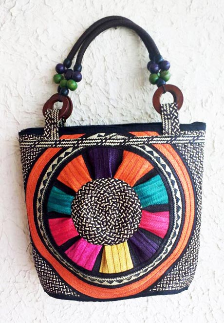 Cana Flecha handmade Purses - Colored Caña Flecha straw Purse