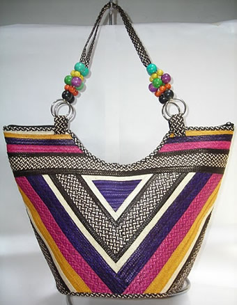 Cana Flecha handmade Purses - Triangle Cañaflecha Purse