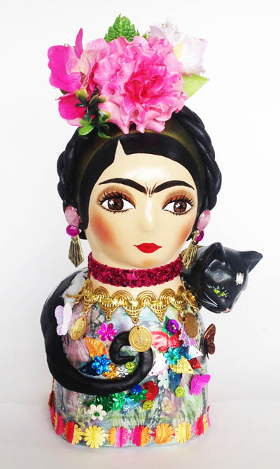 Colombian Handmade Ceramics and Figurines - Cat Frida Kahlo in Ceramic
