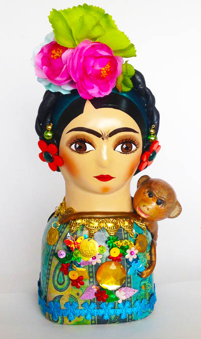 Colombian Handmade Ceramics and Figurines - Frida Kahlo in Ceramic