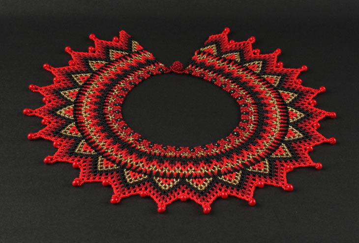 Embera Necklaces beaded with Chakiras - Umada Fur Embera Necklace